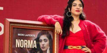 Mon Laferte cancela concierto con colectivo feminista