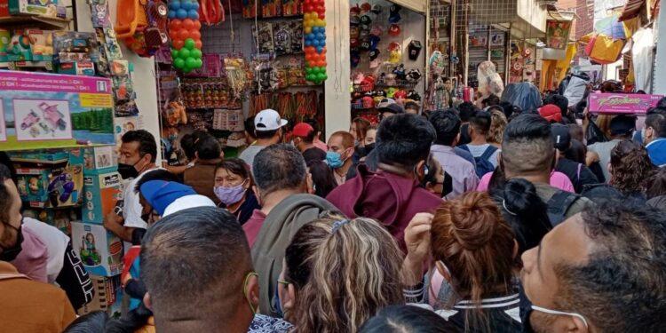Abarrotan Teipito por Día de Reyes pese a llamado ante pandemia por Covid-19