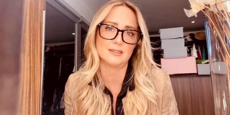 Andrea Legarreta llora por ataques que recibe tras comentarios sobre caso de Nath Campos