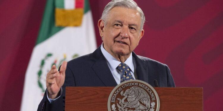 AMLO propone crear red social mexicana para evitar censura como en EU