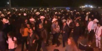 Realizan baile masivo en Guaymas, Sonora, pese a Covid-19