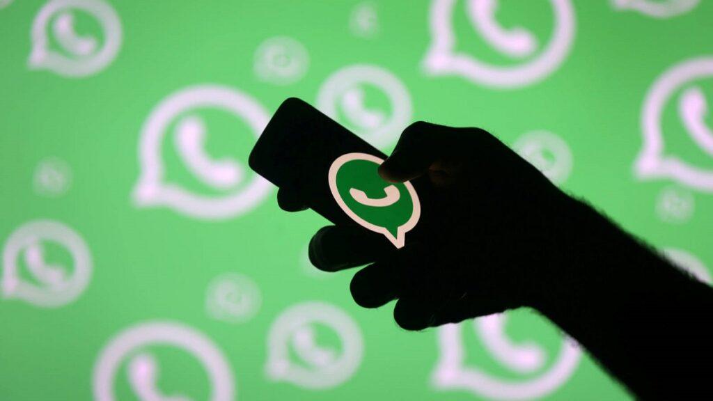 WhatsApp negó que vaya a compartir información de sus usuarios con Facebook