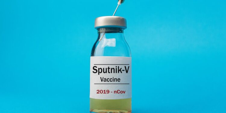 Senadores de Morena se disculpan con Rusia por críticas a vacuna Sputnik V