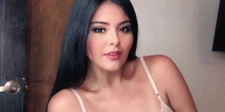 Yessica González es modelo curvy y tiene una carrera en Relaciones Internacionales